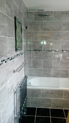 bathroom_gray-and-white_low-res10