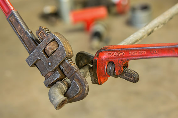 plumbing-image_pipe-wrench_low-res