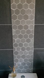tiling_hexigon-boarder_gray_low-res