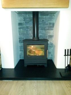 wood-burning-stove_granit-hearth_low-res2