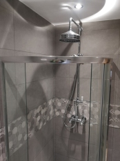 Andy and Jayne_Bathroom_Shower
