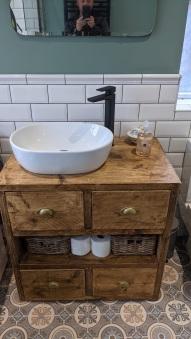 Traditional_and_Modern_Bathroom (1)