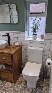Traditional_and_Modern_Bathroom (2)